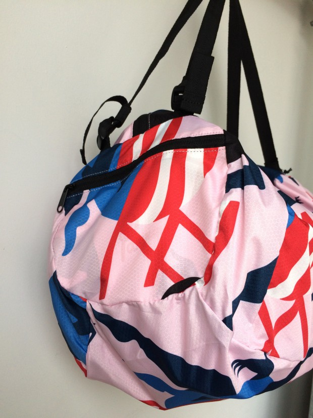 parra madame beach fly weight duffel